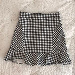 Dresses & Skirts - Black and white checkered gingham skirt XS/S